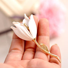 Load image into Gallery viewer, White Tulip Brooch