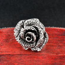 Load image into Gallery viewer, Retro Big Black Crystal Rose Ring