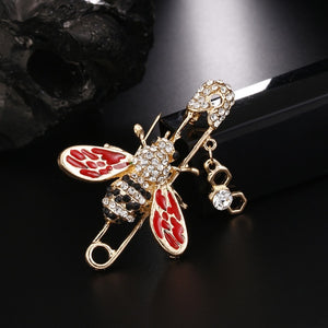 Classic Bee Pin Brooch