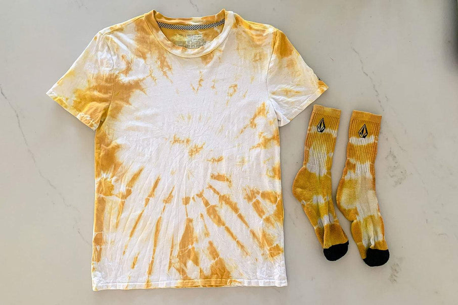 How To: Natural Tie Dye Tutorial - Volcom Holi-D.I.Y.'s