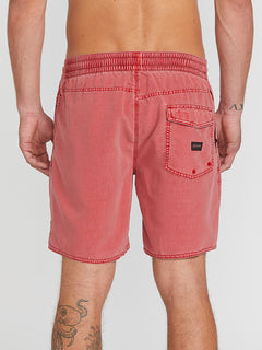 Center 17 Trunks - Dusty Red