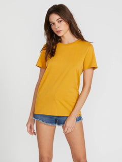 Womens Solid Short Sleeve Tee - Dijon