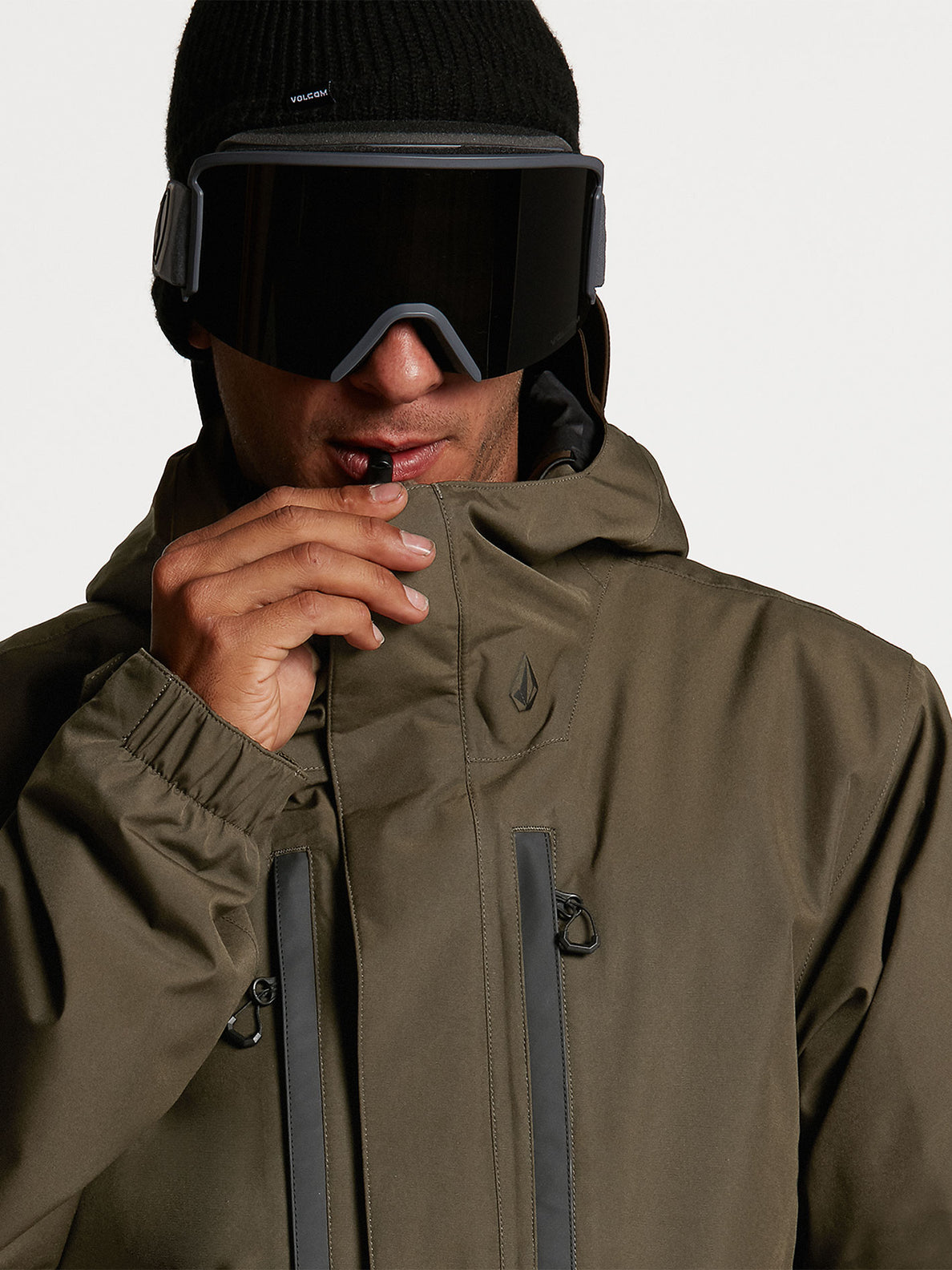 Ten Ins Gore-Tex Jacket Black Military (G0452113_BML) [09]