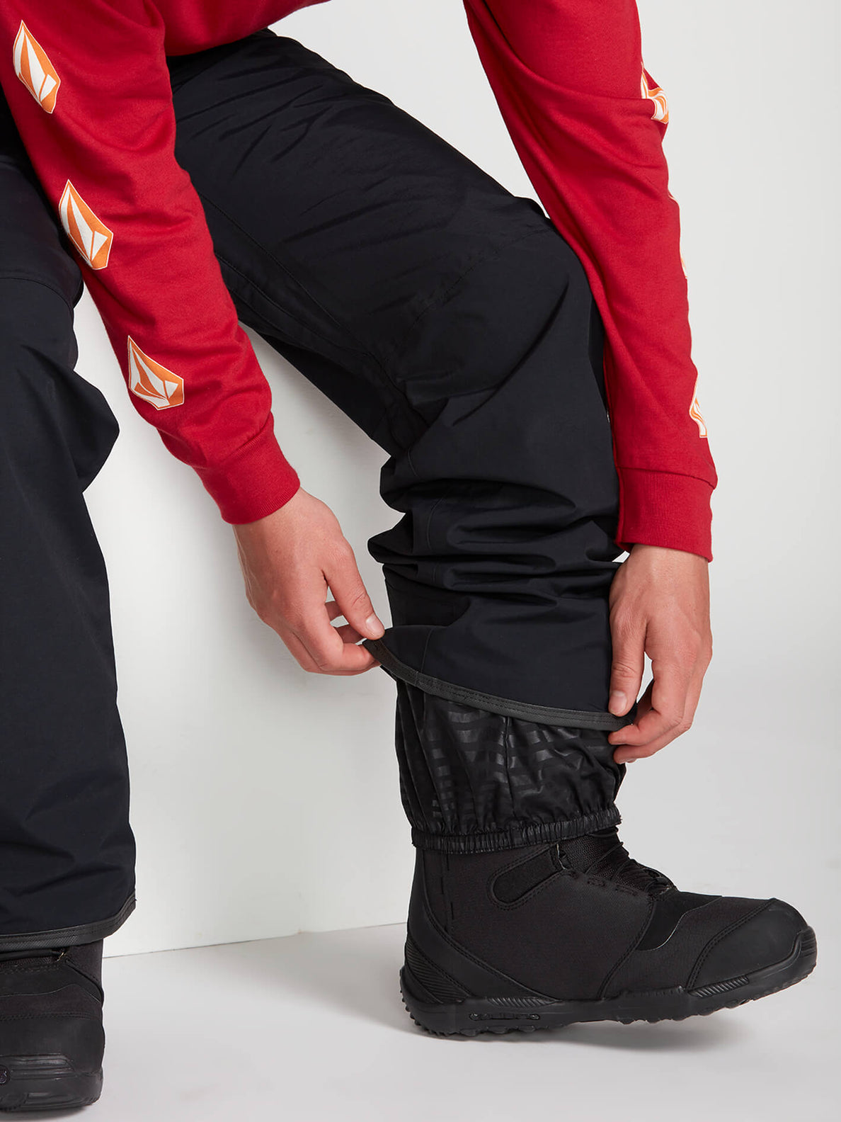 L Gore-Tex Pants - Black (G1351904_BLK) [06]