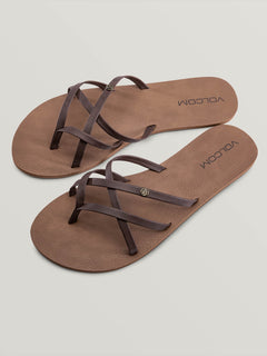 New School Sandals - Brown