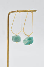 Load image into Gallery viewer, Emma Quartz Earrings