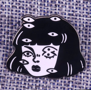 LIMITED Weirdo Eyes Pin