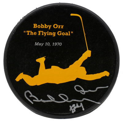 Bobby Orr Signed Boston Bruins Flying Puck GNR COA
