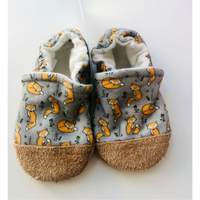 Snow and Arrow Organic Cotton Infant and Toddler Slippers | Fox