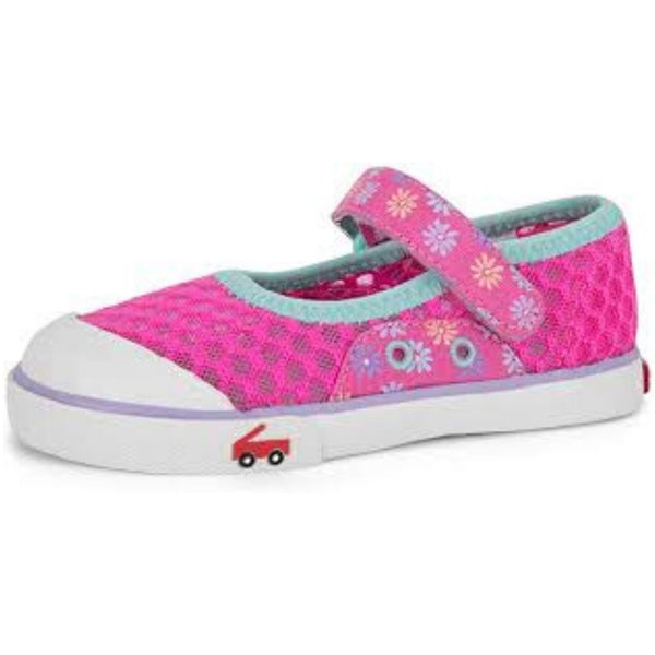 mesh water friendly sneakers pink mary jane daisies