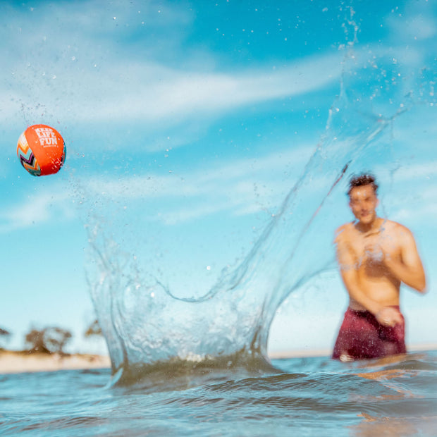 Enjoy Water bouncing balls with Waboba's Extreme (2019) - Fun Outdoor Sports Store