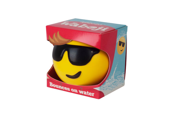 Enjoy Water bouncing balls with Waboba's Wabojis