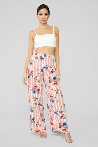 Rooftop Brunch Flare Pants - Mauve