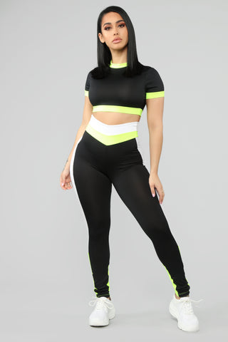 A Sporty Lounge Set - Black/Green