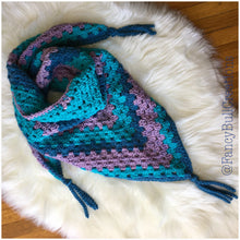 Load image into Gallery viewer, Crochet triangle fringed shawl scarf
