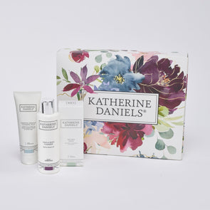 Limited Edition Gift Box with Dry Skin Rich Cream