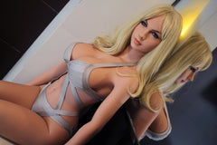 Taylor: Blonde Sex Doll