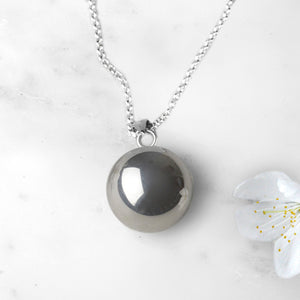 Ball Pregnancy Necklace