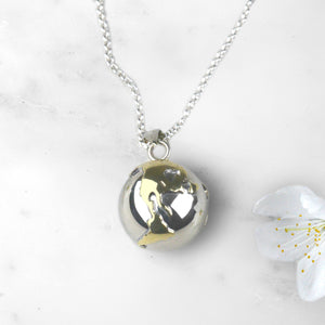 World Pregnancy Necklace