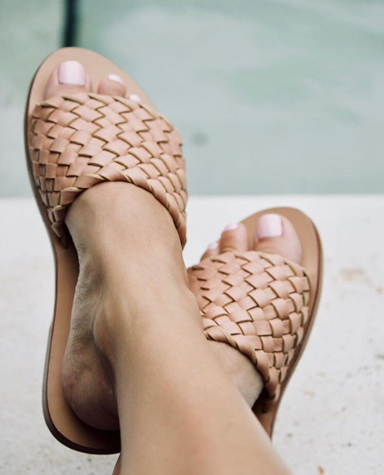 Nude Woven leather slides