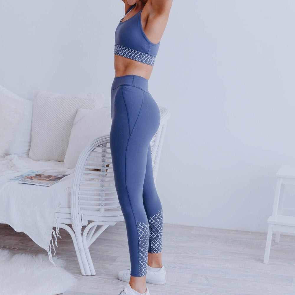 Bohemian Twist Booty Sculpt Leggings 7/8 Blueberry
