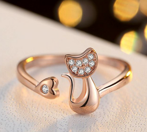 Crystal Inlay Cubic Zirconia Cat Ring