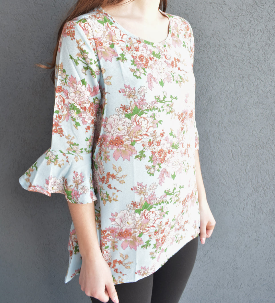 Bell Sleeve Floral