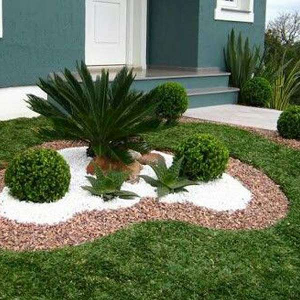 Wonderful Garden Designs with Pebbles