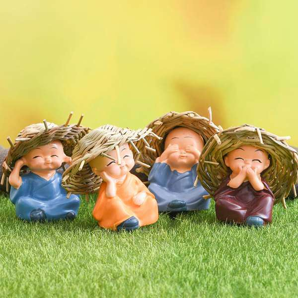 Cute monks plastic miniature garden toys (Big, Hay Hat, Matt Finish) - 4 pieces - Nurserylive