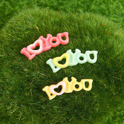 I love you plastic miniature garden toys (Green, Dark Pink, Yellow) - 3 Pieces - Nurserylive