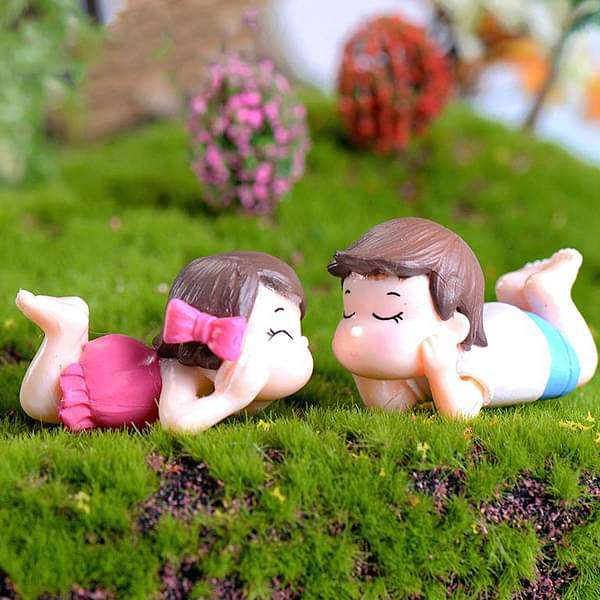 Laying  toddler couple plastic miniature garden toys - 1 Pair - Nurserylive
