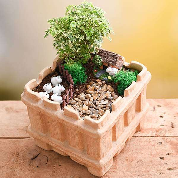 DIY Grazing sheep - Miniature Garden