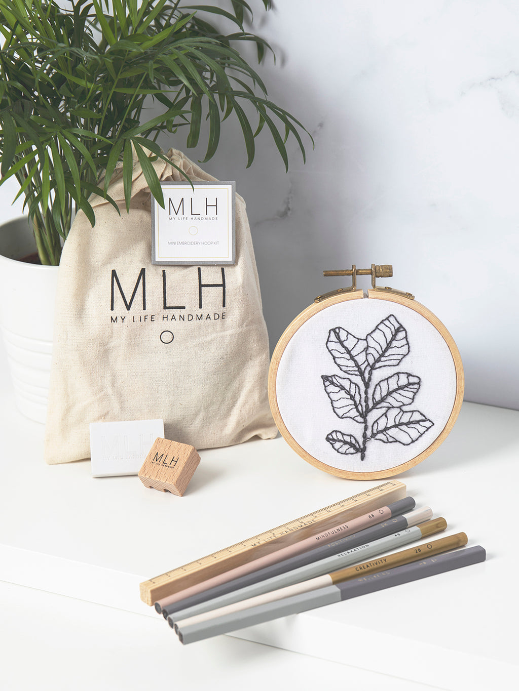 DIY Embroidery Craft Set