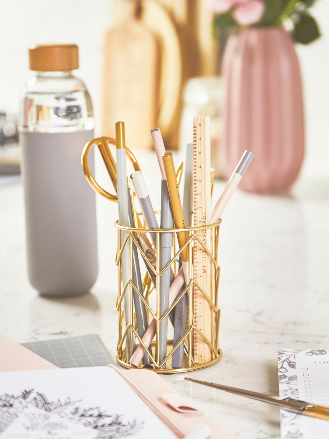 Gold Geometric Pen Pot