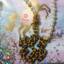 Load image into Gallery viewer, tanya-sopretty - Leopard Block Monogram Pearl Necklace - Necklace