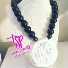 "Load image into Gallery viewer, tanya-sopretty - Black & White Scalloped Script Monogram Necklace 3"" - Necklace"