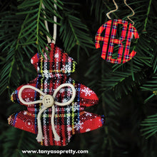 Load image into Gallery viewer, Kammy Tartan Plaid Monogram Necklace