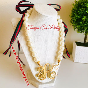 Your Custom Preppy Monogram Necklace Gift Ideas 5.0
