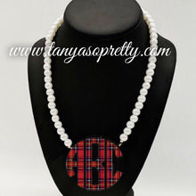 Load image into Gallery viewer, Tartan Amber Pearl Monogram Necklace