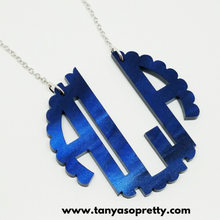 Load image into Gallery viewer, Lanie Navy Pearlized Scallop Monogram Necklaces