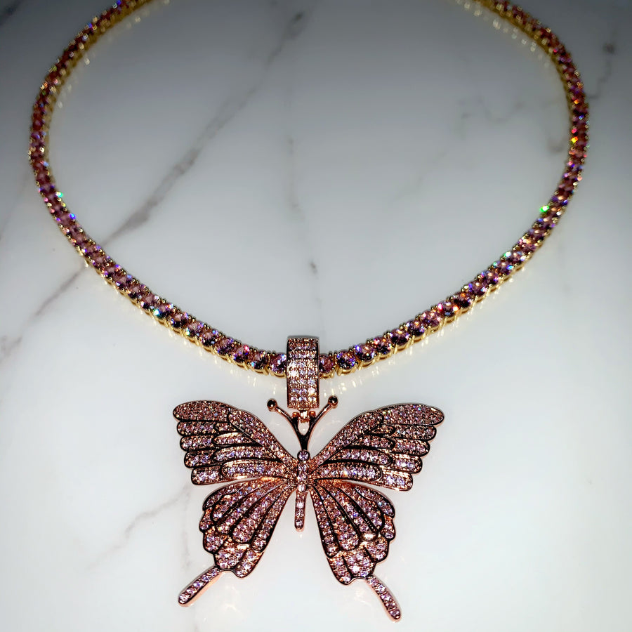 Kaia Necklace (Pink)