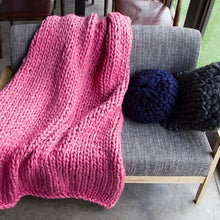 Load image into Gallery viewer, Chunky Knit Throw Blanket
