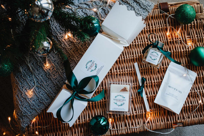 Luxury Christmas Cracker Gift Set
