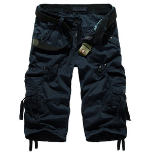 Men's Multi-pocket Calf-length Cargo Shorts