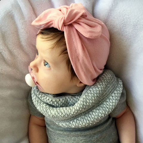 Adorable Bowknot Headpiece