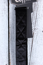 Load image into Gallery viewer, Coffin CFS-CNTBK THE COUNT Black Velvet Guitar Strap Diamond Tuck Pattern