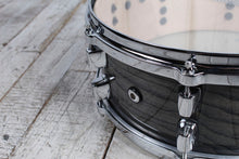 Load image into Gallery viewer, ddrum Dominion Series 5.5 x 14 Birch Snare Drum with Ash Veneer Trans Black