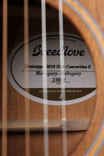 Load image into Gallery viewer, Breedlove USA Concertina E 2019 PROTOTYPE Acoustic Electric Guitar with Case