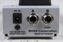 Load image into Gallery viewer, BOSS FS-7 Dual Foot Switch for Effects Pedal and Amplifier Channel Switching