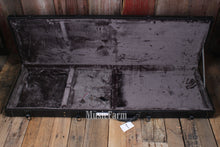 Load image into Gallery viewer, Used Black Tolex Hardshell Case